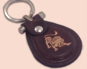 Leo zodiac sign leather metal T keychain