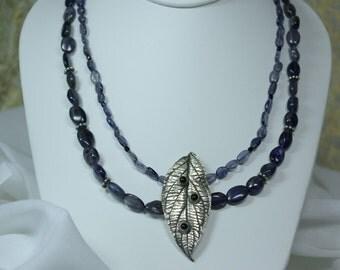 Leaf blue stone