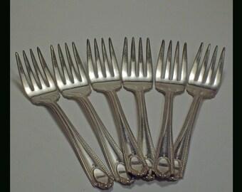 6 Vintage Salad  Forks NTS8  Viceroy  Silverplate Pattern 1930s
