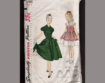 Back to the Fifties Vintage Simplicity Pattern  Teen Dress 1951
