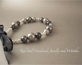 Pearls with Bow Bracelet