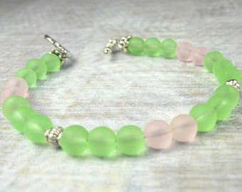"""Pink Green and Silver frosted glass bracelet, frosted beads, green bracelet, pink bracelet, holiday earrings, breast cancer, 7.5"""""""