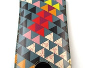 Leather iPhone (ALL) iTouch (ALL) case - Triangles design with card slot