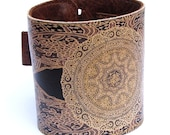 Leather cuff, wallet cuff, wallet wristband - Elagent lace