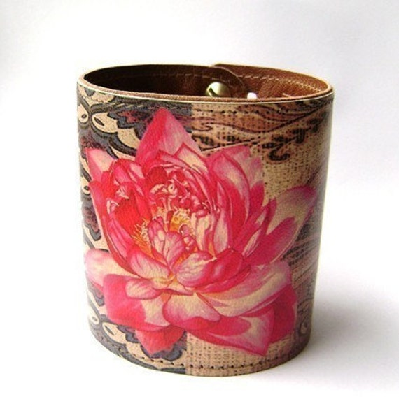 Leather cuff - Lotus flower