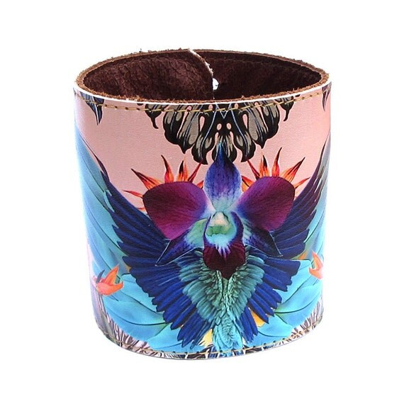Leather cuff / wallet wristband - Tropical jungle and parrot