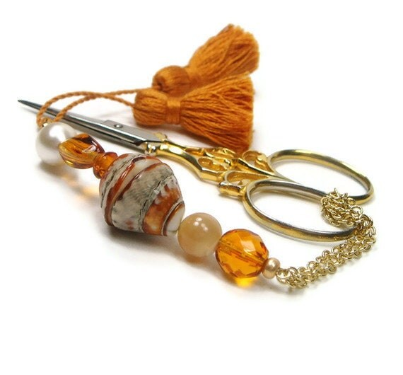 Scissor Fob Quilting Beaded Golden Seashell Needlepoint Sewing Cross Stitch Hardanger
