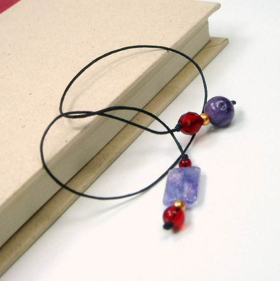 Book Thong Bookmark Lavender Red