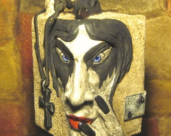 Gothic Sculpture/Crow and Black Cross