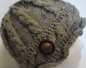 Cable Knit Hat Grey Tweed with Vintage Button