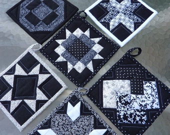Black and White Pot Holder Collection