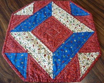 Folk Country Hearts and Stars Table Topper
