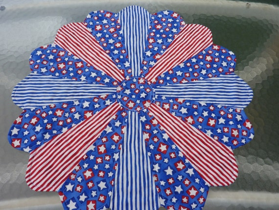Stars and Stripes Dresden Table Topper