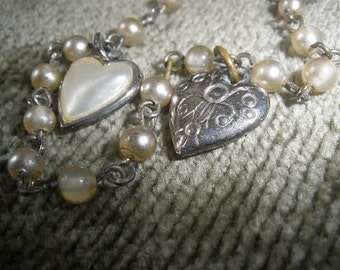 free ship,antiqued silver Vintage PUFF Hearts...Bracelet, Faux Pearls, Rosary Chain,Vintage, Adorable, Reversible Hearts