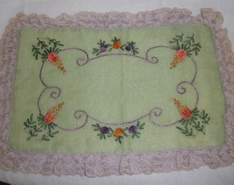 Free Ship, gorgeous 1940s 50s 'Boudoir' Pillow Cover, hanky type cotton, Wonderful ART Embroidery, Hand Made, SHABBY Lilac Colored Lace