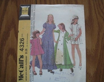 Vintage McCalls Pattern 4326 Childs' 4