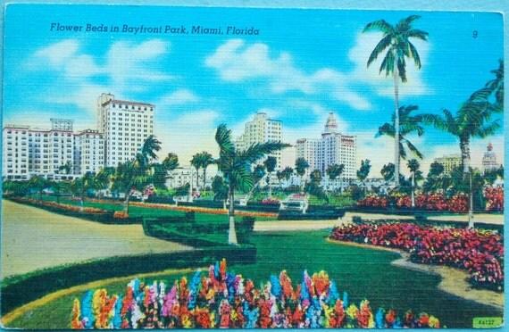 1940s Linen Postcard. Bayfront Park, Miami, Florida