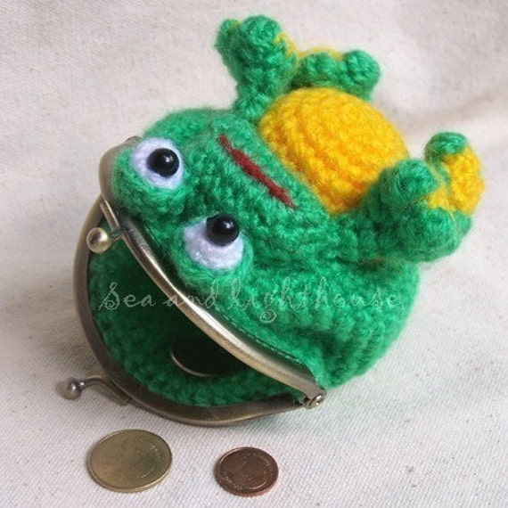Frog Coin purse - Reserved for goldiegirl12