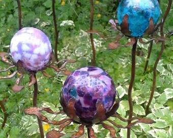 SET of 3 - Garden Glass Ball - GARDEN STAKE - Metal Steel Enclosure