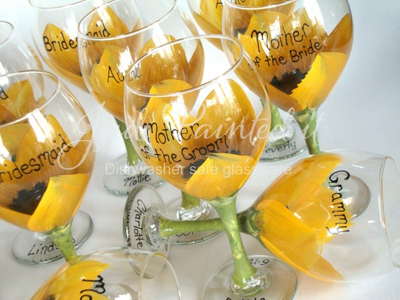 Sunflower wedding decor, Bridal party wine glasses, wedding favors, reception table decor, wedding party gifts, sunflower wine glasses, sun