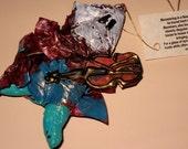 mummer ornament