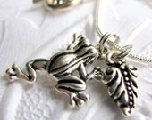 Frog and Leaf charm necklace - Tierra Cast silver pewter, garden gardening, Woodland creatures, animals