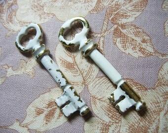 mini vintage key 2