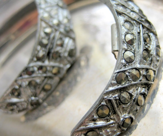 Crescent Silver Steel Cut Shoe Clips