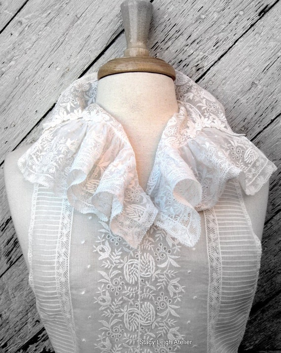 Victorian Lace Ruffled Dickie