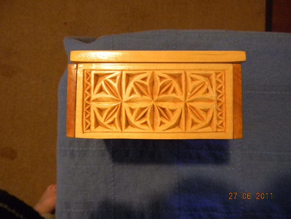 Chip Carved Box - 4 x 4""