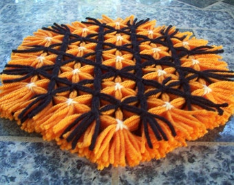 Halloween Kitchen Trivet, Retro Hot Pad, Woven Trivet, Orange and Black Trivet, Yarn Hot Pad, Flower Hot Mat, Serving Mat