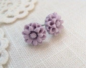 Lavender Purple Post Earrings.