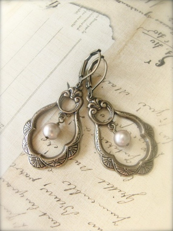 Antique Brass Pearl Earrings.  Jewelry by Sweet And Simple.  FREE U.S Shipping.