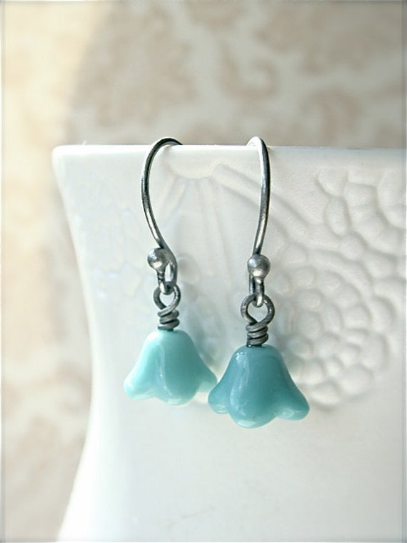 Petite turquoise flower earrings