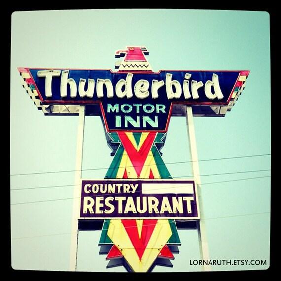 5x5 Thunderbird Motor Inn Anderson South