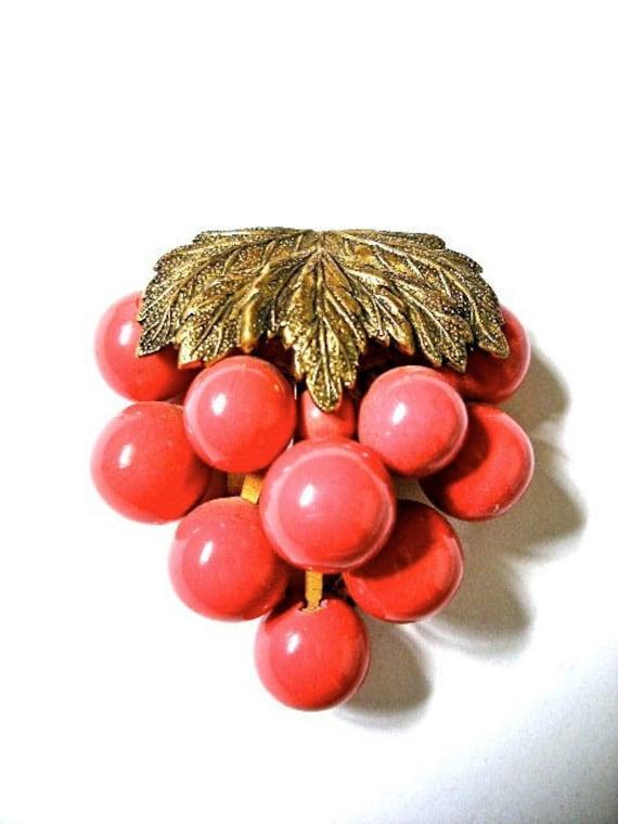 Vintage Art Deco Czech Bohemain dress clip c1930's faux coral and brass fur clip
