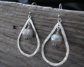 Tear drop earrings- Hammered with pearl drops