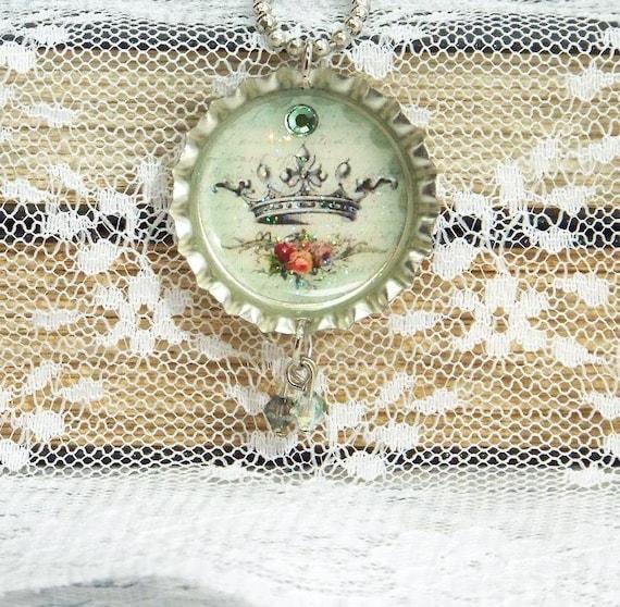 Crown Necklace, Bottle Cap Necklace, Vintage Crown Necklace, Crown Jewelry, Bottle Cap Jewelry, Shabby Chic Necklace