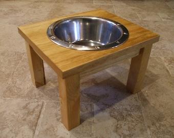 Elevated Pet Feeder 2 Quart 8 Inch Single - Classic Design -  Raised Dog Food Bowl - Wooden Pet Feeder - Elevated Dog Dish - Raised Dog Dish