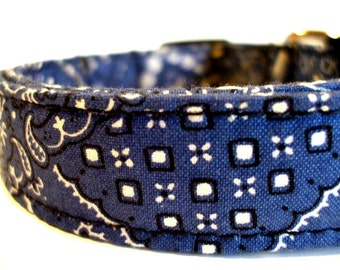 Dog Collars With Curb Appeal - Giddy Up - Adjustable Dog Collar - Large Dog Collar - Small Dog Collar - Bandana Dog Collar