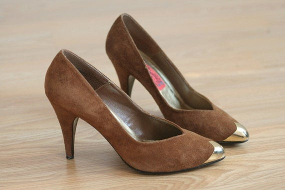 Brown Suede Leather High Heels with Gold Toe Party Dance Shoes Stilettos Vintage 80s