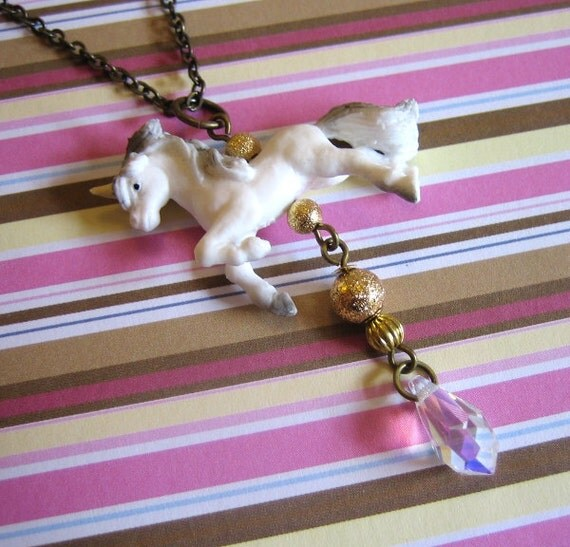 Pippa The Unicorn Necklace