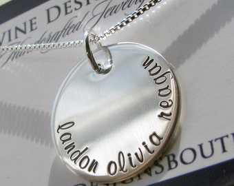 Mom Necklace Personalized Jewelry Mothers Necklace Gift for Mom Family Jewelry Mom Necklaces Charm Necklace