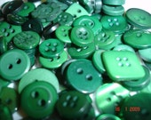 100 Pack Buttons Green