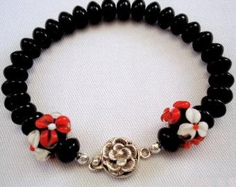 Floral Jewelry - Jewelry Set - Lampwork Bead Bracelet - Glass Bead Bracelet - Glass Bead Earrings - Black Jewelry - Flower Bracelet