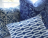 Lumbar Decorative Pillow -Designer Fabric --blue and White Throw Pillow-14x18-Geometric Links--Blue  and White