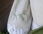 Queen Anne's Lace Bag is great for running in fields...for abrowncow57