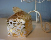 Gift Box with Heart Shaped Lid - Cream with Gold Floral Design/ Pattern