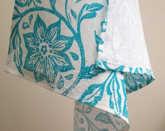 everyday turquoise passionflower on white linen napkins set of 4 tropical botanical floral summer home decor hostess gift for her