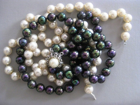 Heavy Glass Pearls Ready to be Repurposed Great rhinestone clasp
